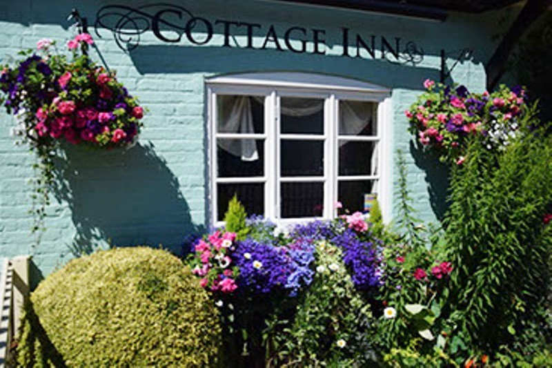 the-cottage-inn-bucklebury